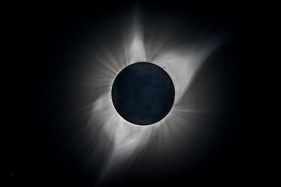 全美大日食影響巨大 科學家驚見大氣波浪