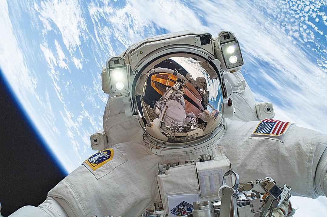 神秘閃光頻現 令太空人夜不能寐