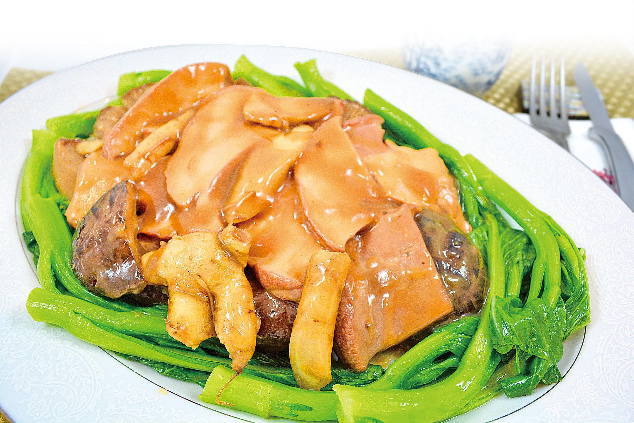 【梁廚美食】蠔油燴螺肉冬菇