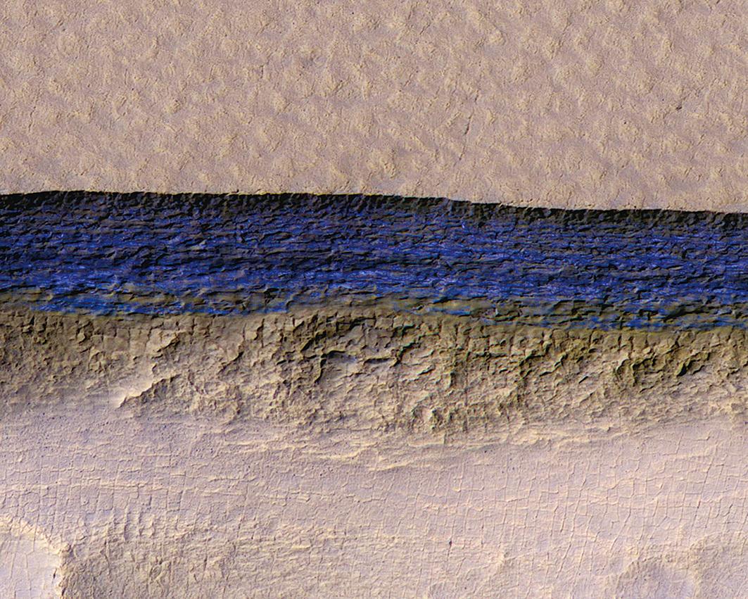 火星地下發現巨大冰層