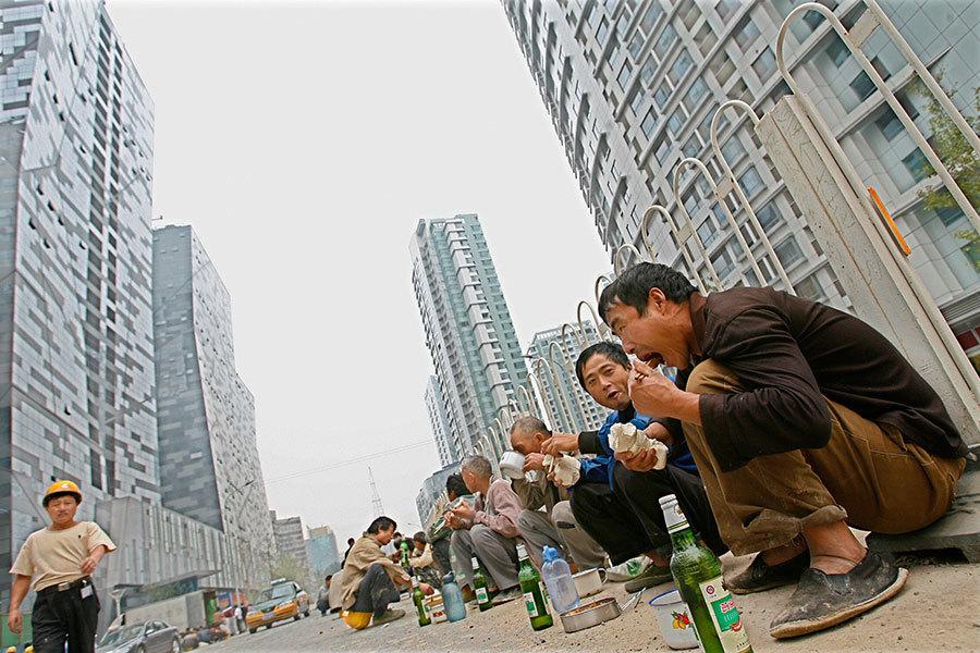 中國火熱樓市開始冷卻 北京上海房價下跌