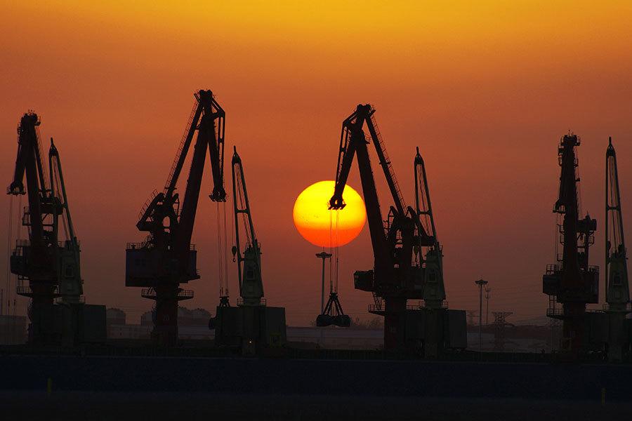 中共官媒自曝國企巨貪侵吞國有資產
