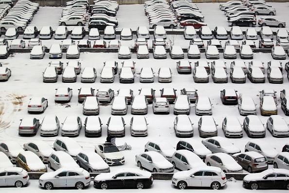 大陸暴雪第三天 23個機場運輸受阻