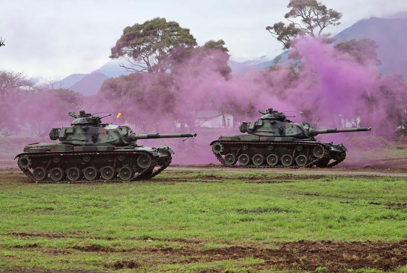 台國軍過年加強戰備 模擬陸空武力擊退共軍