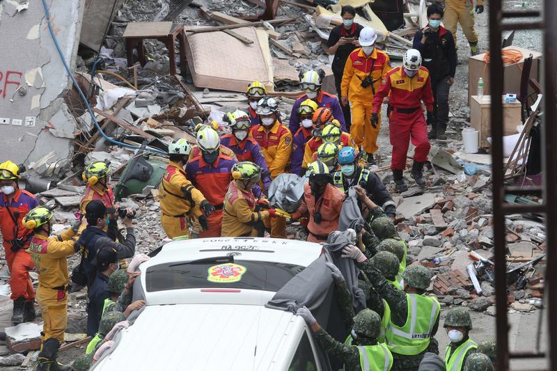 花蓮地震15死280傷2失蹤 尋獲3陸客遺體