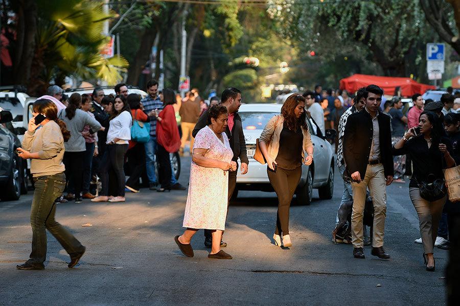 墨西哥南部7.2級強震 首都建築搖晃