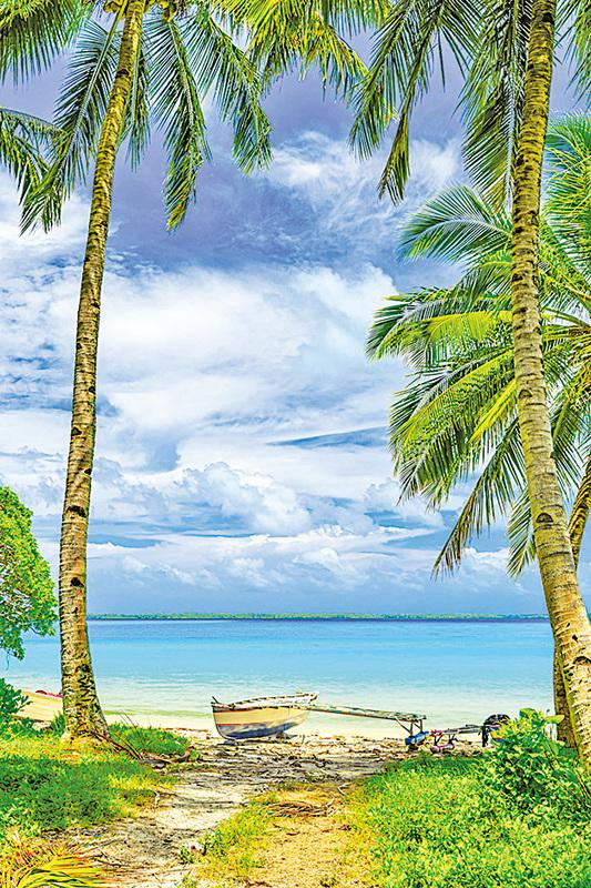 基里巴斯共和國的沙灘碧水令人身心放鬆。