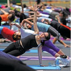 瑜珈是近年港人喜愛的運動之一。 (Getty Images)