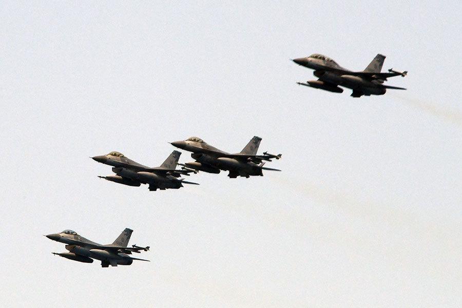 中共軍機頻繞台 台國防部下月正式實彈演習