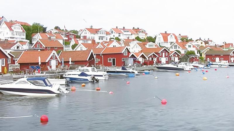 瑞典西海岸是古樸漁村和熱門的划船活動中心。(視頻截圖)