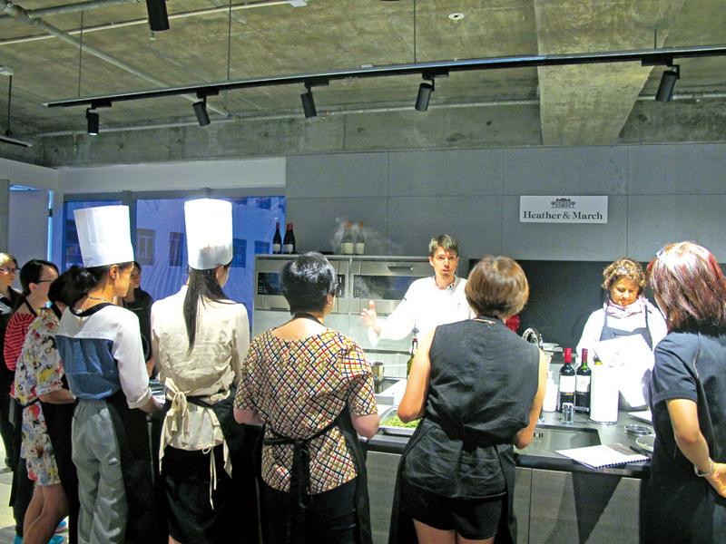 蕭太舉辦的法國餐烹飪班。