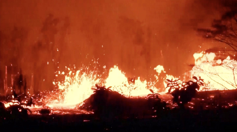 爆炸性噴發真來了!夏威夷火山灰噴萬米高空