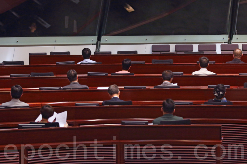 立會內會周五討論  梁君彥不信任動議