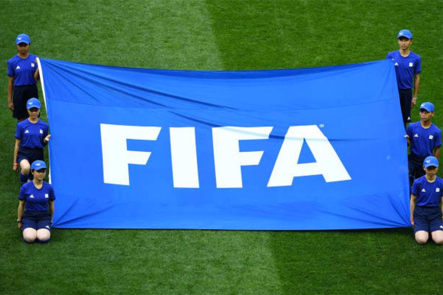 崔士方:世界盃護旗手選自貴州 萬達心機盡顯