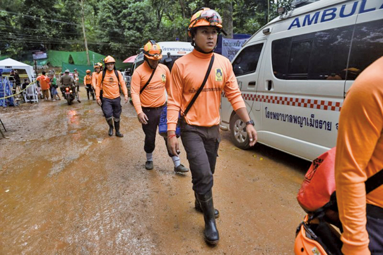 傳已救出泰國4名洞穴受困少年