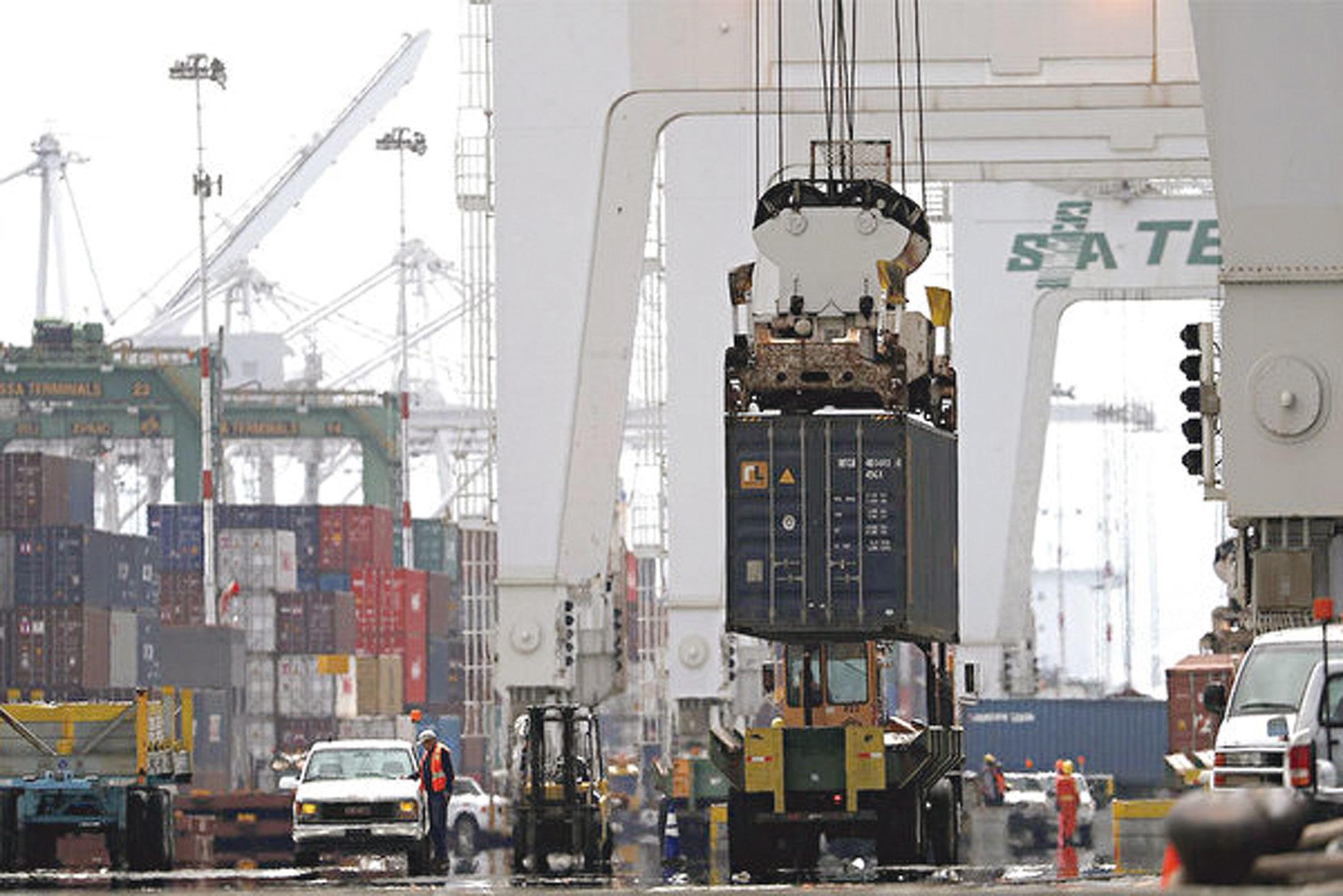 中國經濟緣何突然陷入危機