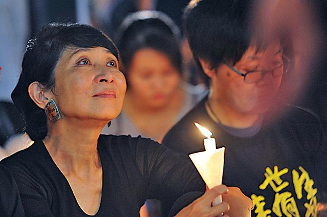 公民黨立法會議員毛孟靜亦有出席晚會悼念六四死難者。(孫青天/大紀元)