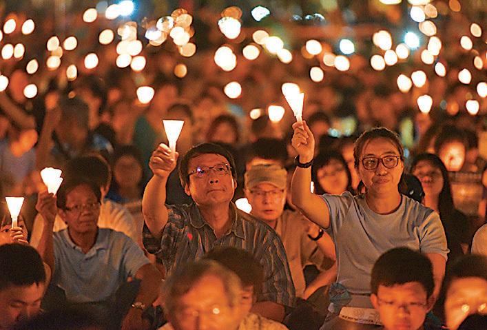 今年為六四事件27周年,有市民27年間從未缺席悼念活動。(文瀚林/大紀元)